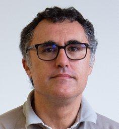 José R. Paramá