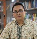 Dr. Idat Galih Permana